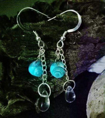 Glow drop earings
