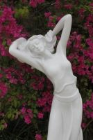 Poppy - 80 Statue